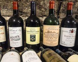 Antiquité de l'Arc -paris - Vins et spiritueux
